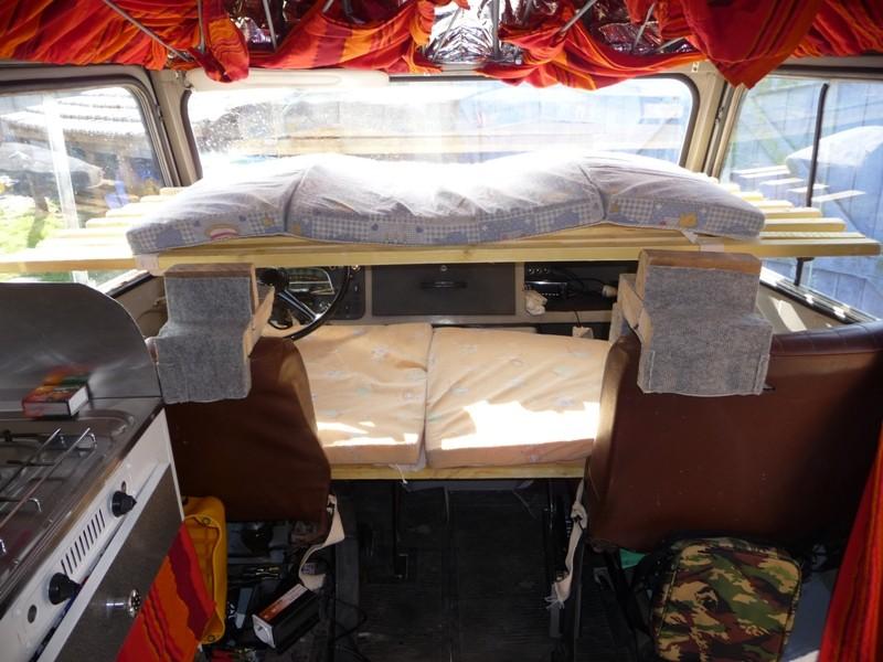 Présentation & Restauration : Transformation d'un type H en camping car moderne ! P1080415