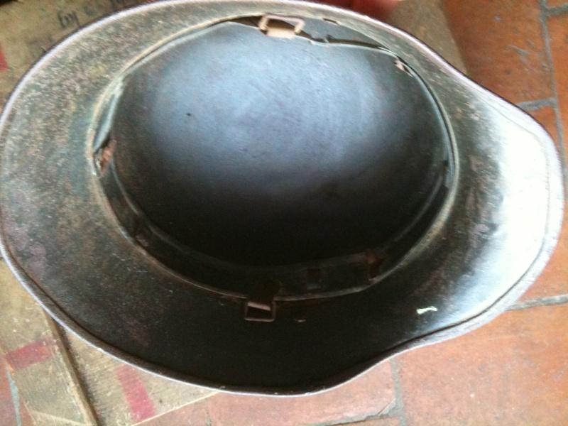 coque de casque WWI reconditionné WWII. 10_sep13