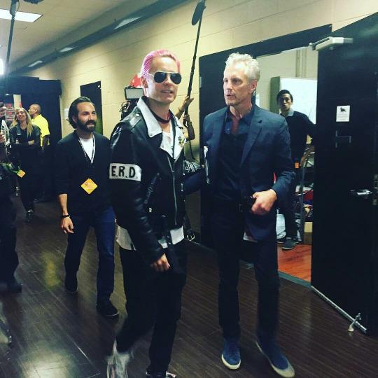 18 septembre 2015 - Jared au iHeartMusic Radio Festival 001810