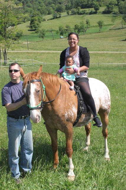 Découverte de l'équitation et du cheval en général... Parain10