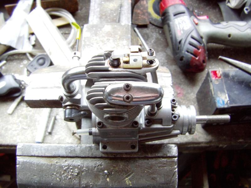 Réparation impossible sur Saito FA 100 Moteur28