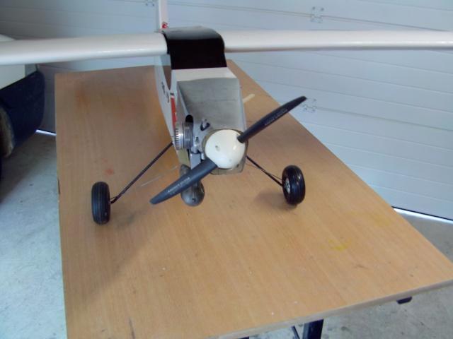 Avion club transformé en Pilatus Turbo porter N° 191 Pilatu24
