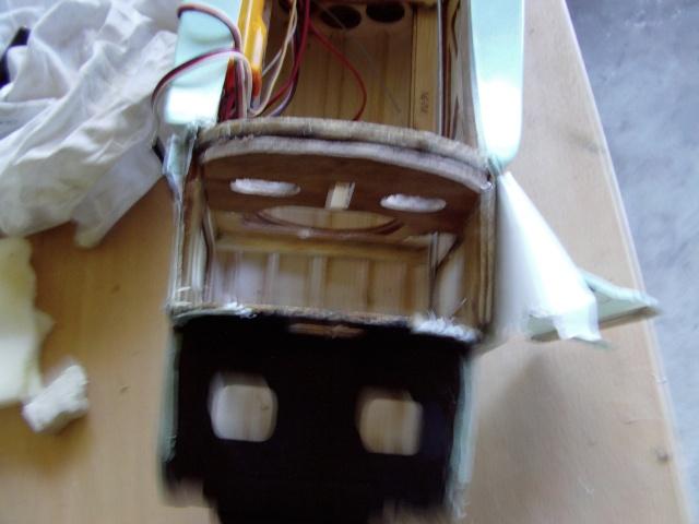 Réparation d'un petit MIG 3 Rypara14