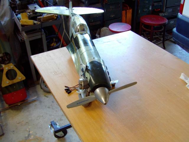 Réparation d'un petit MIG 3 Rypara21
