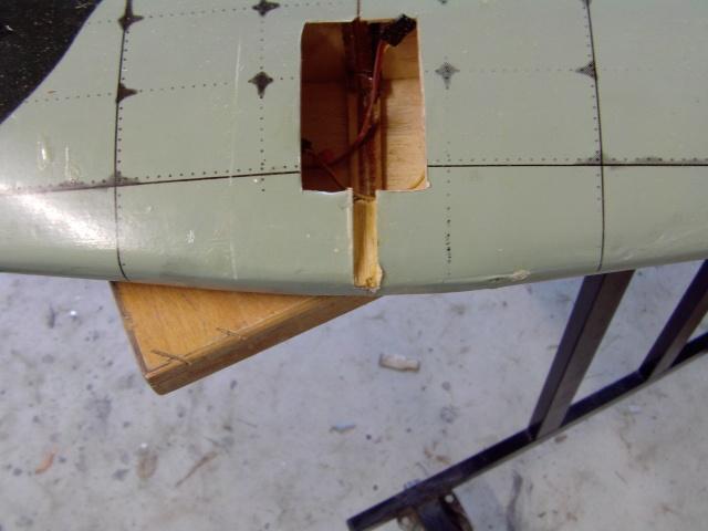 Réparation d'un petit MIG 3 Rypara23