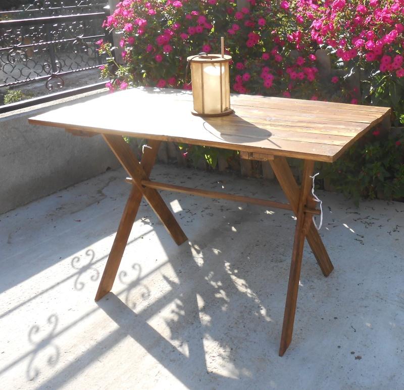 ma table est enfin terminée  Dscn2111