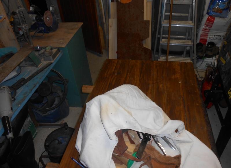 une bauge pour ranger mon cuir et mon tissus  Dscn2120