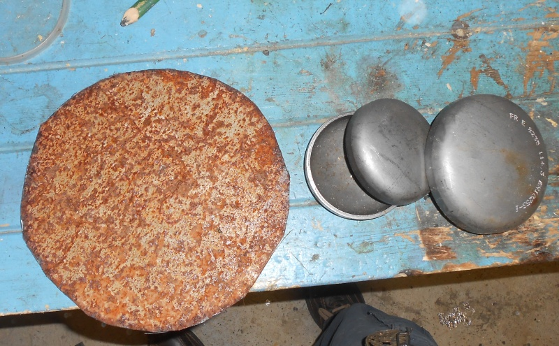 fabrication d'un bouclier  Dscn2122