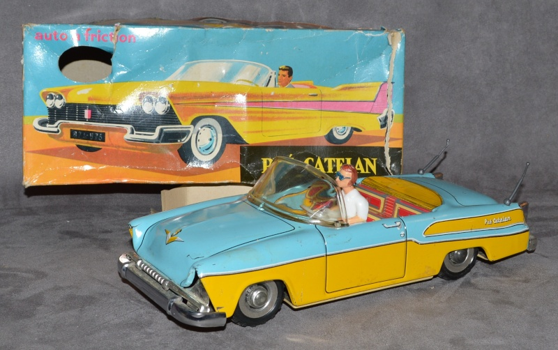 voitures américaines en jouet made in Marseille Pry_ca12