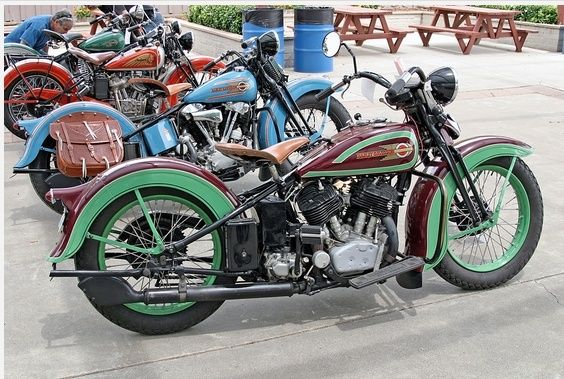 Les vieilles Harley....(ante 84) par Forum Passion-Harley - Page 5 1_capt75