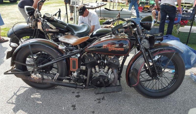 Les vieilles Harley....(ante 84) par Forum Passion-Harley - Page 5 Captu103