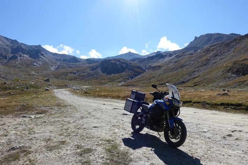 Vos plus belles photos de moto - Page 5 Dsc00010