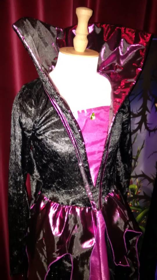 """Les costumes et """"déguisements"""" ... 12006214"""