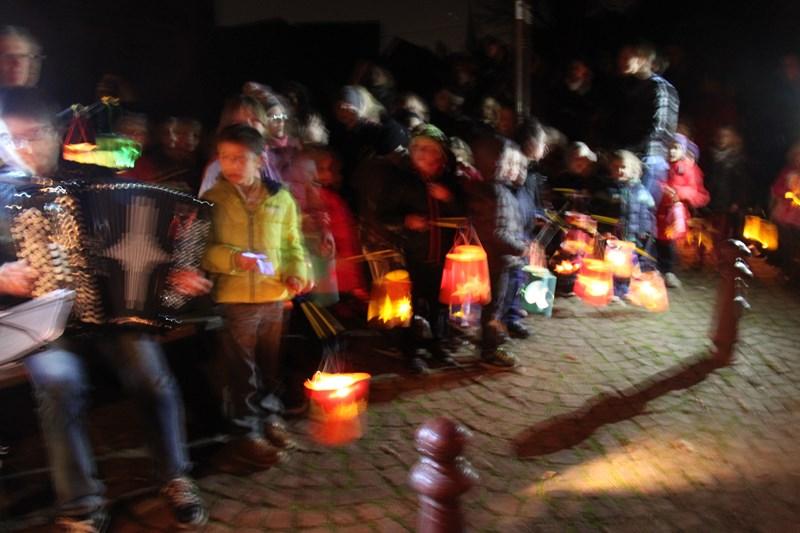 Promenade de la Saint Martin à Wangen,  mercredi 11 novembre 2015 à 18h Img_1040