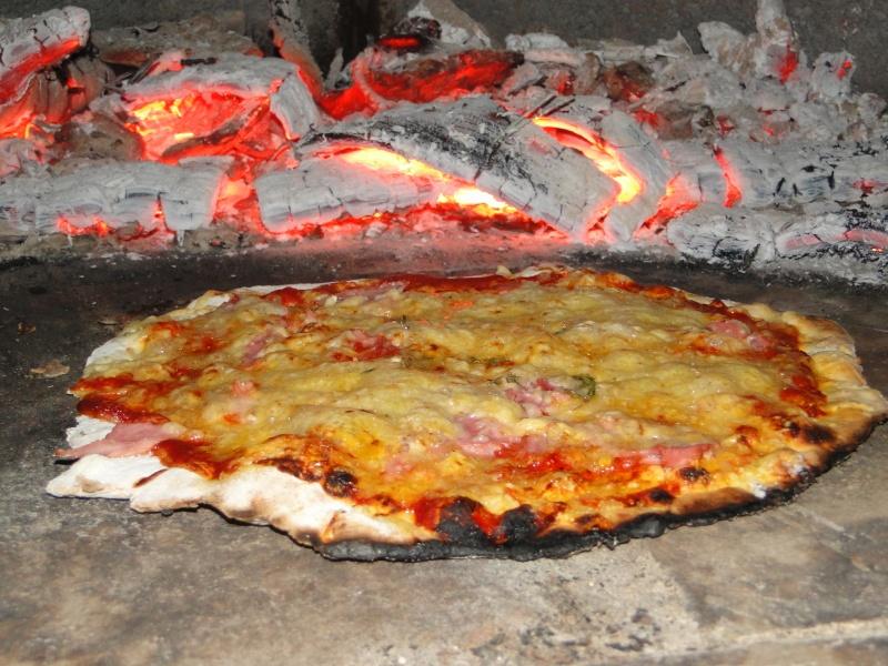 LE FOUR A PIZZA Dsc08221