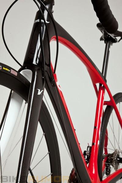 Nouveauté matériel & textile cyclisme - Page 14 Volagi11