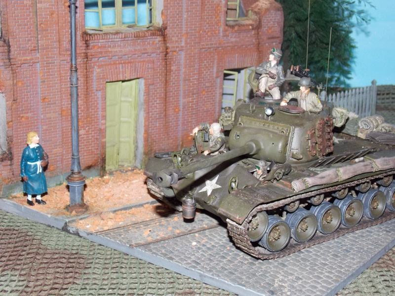 PERSHING M 26 fin de conflit 1945 (Hobby Boss 1/35) - Page 6 Pershi24