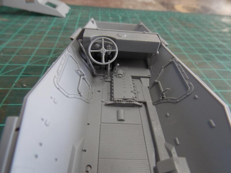 SD.KFZ 234 PUMA Normandie 44  (dragon 1/35) - Page 2 Puma_n40
