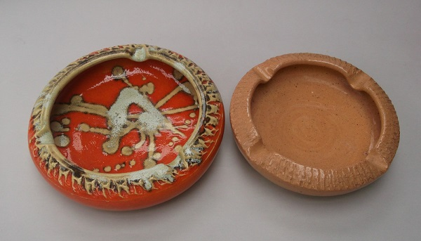 Check out this orange glazed Rhodes looking ashtray! Beach_12