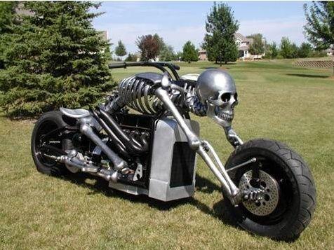No limit à l'imagination pour les motos, Humour of course! A110