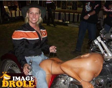 No limit à l'imagination pour les motos, Humour of course! A410