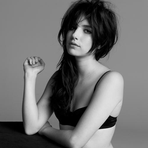 Emma Roberts Emma_r10