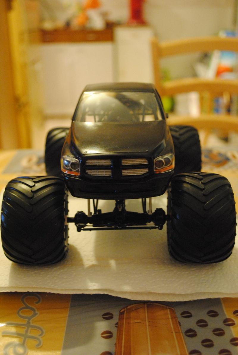 monster truck dodge rammunition  Dsc_0057
