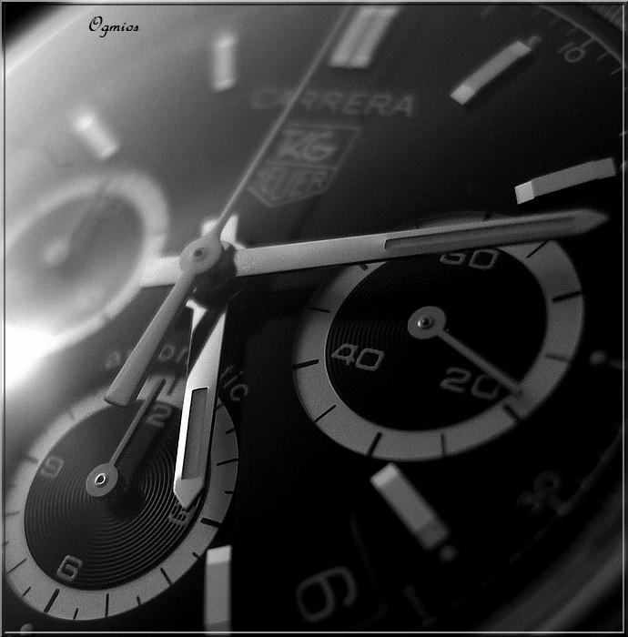 Feu de vos montres de pilote automobile - Page 4 P1000010