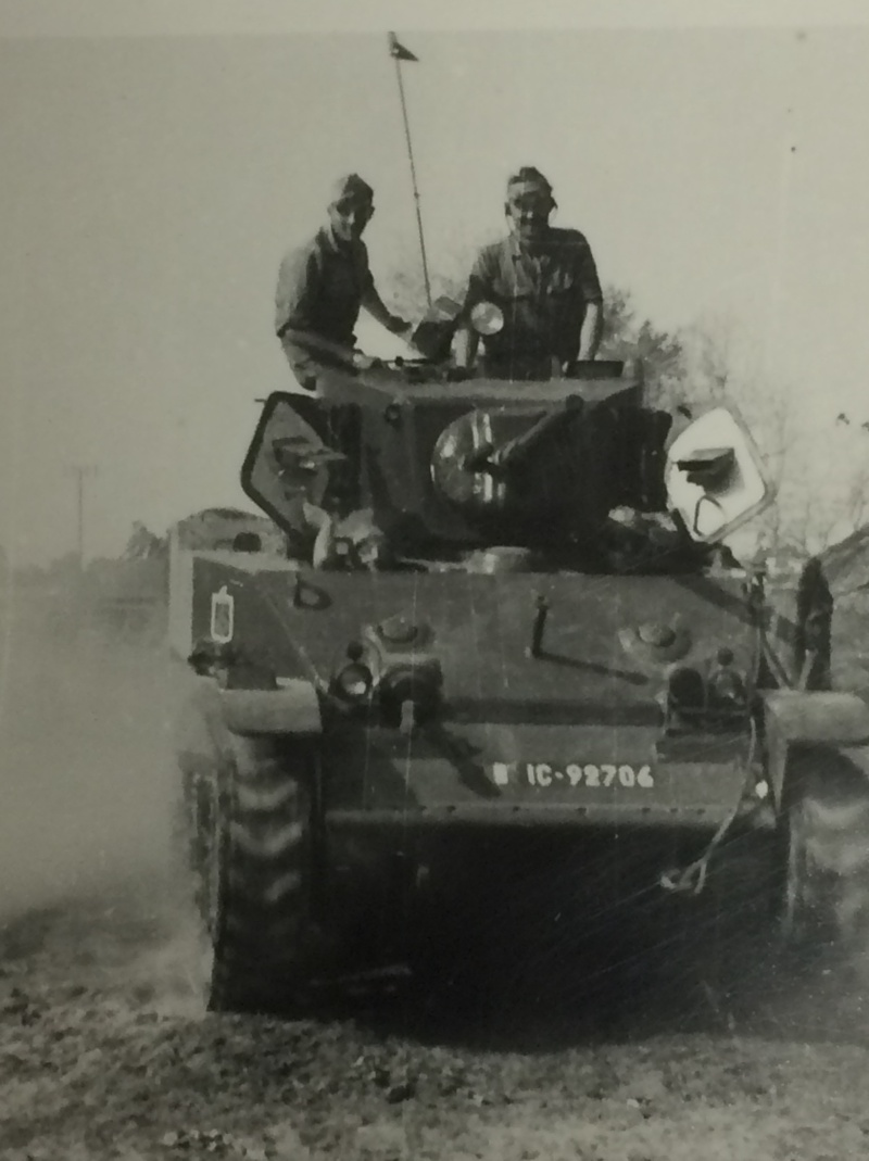 Chars M3 STUART 2ème LGRM 1950-1952 Chars_15
