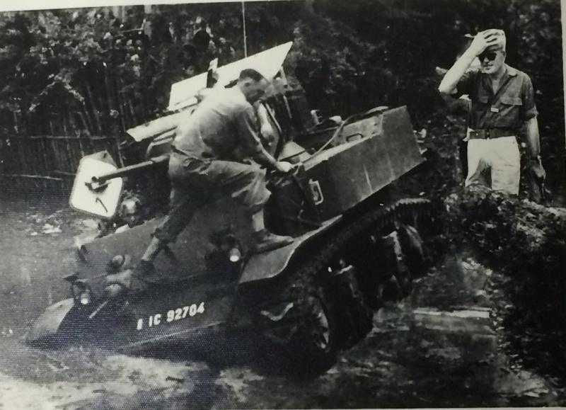 Chars M3 STUART 2ème LGRM 1950-1952 Chars_17