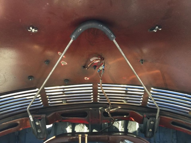 tige de capot moteur 12032510