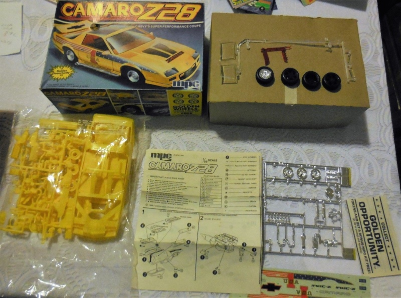 #17 : Chevrolet Camaro IROC Z28 5.7 TPI 1987 [3 terrminées] - Page 2 Inside10