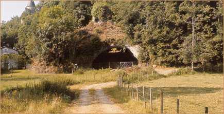 1.2.5. LA GROTTE DE MONTGAUDIER (Commune de Montbron). Mongda10