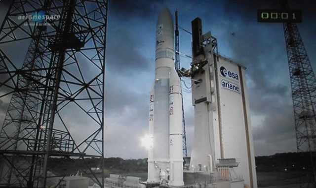 Ariane 5 ECA VA201 (YahSat 1A + New Dawn) - 22.4.2011 - Page 6 Dscf1417
