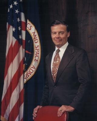 Disparition de Lee Scherer (1919-2011) ancien Directeur du KSC et de Dryden Schere10