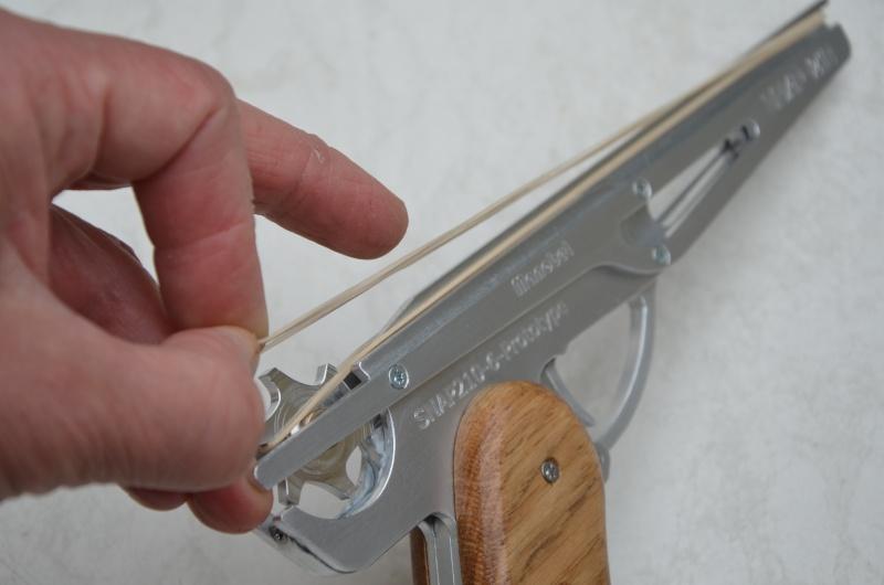 Pistolet à élastiques... Projet21