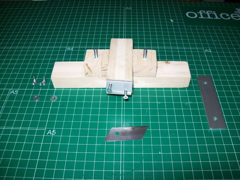 Strip cutter balsa home made (Maquina de cortar listones de balsa casera) 101_0012