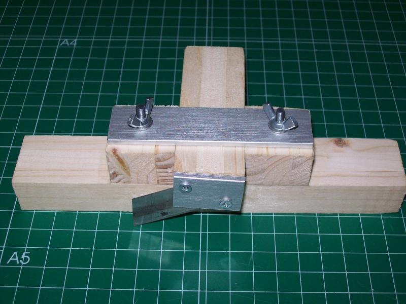 Strip cutter balsa home made (Maquina de cortar listones de balsa casera) 101_0013