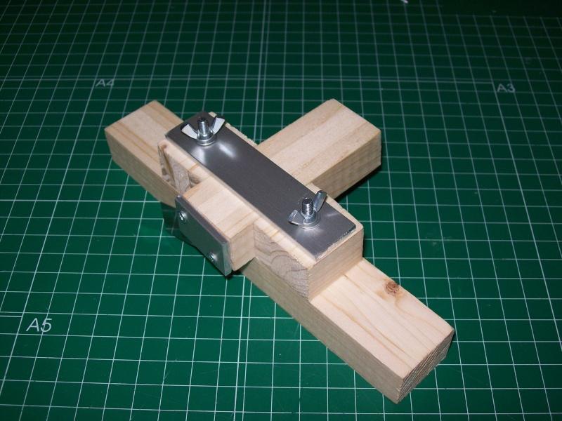 Strip cutter balsa home made (Maquina de cortar listones de balsa casera) 101_0016