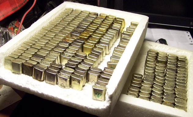 Кварцы в металлических корпусах Б1-Б3, М1-М3 Crysta10