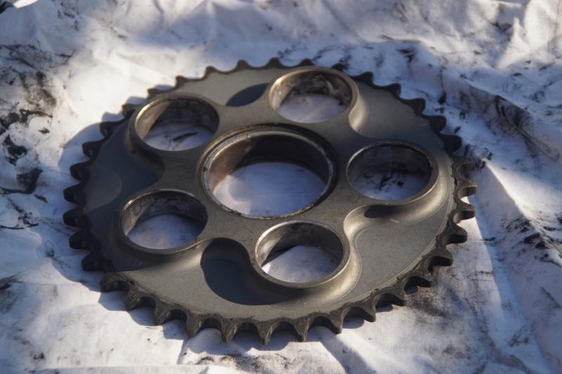 Diverses pièces Ducati, principalement 748-916-996-998.   Dsc05014