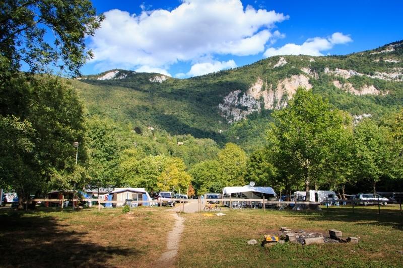 Camping au bord du lac d'aiguebelette  Img_4110