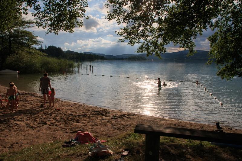 Camping au bord du lac d'aiguebelette  Img_4310