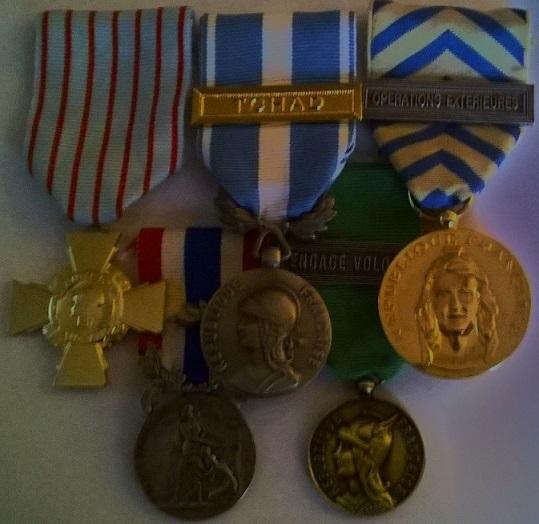 (N°05)Décorations militaires et civiles officielles de Raphaël DELLE-CASE. Dycora12