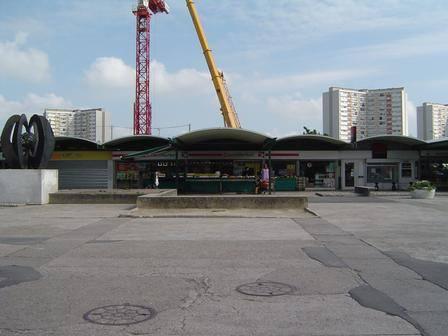 Remettons l'art en ville : appel à la restauration de la sculpture du centre commercial Colbert 12191410