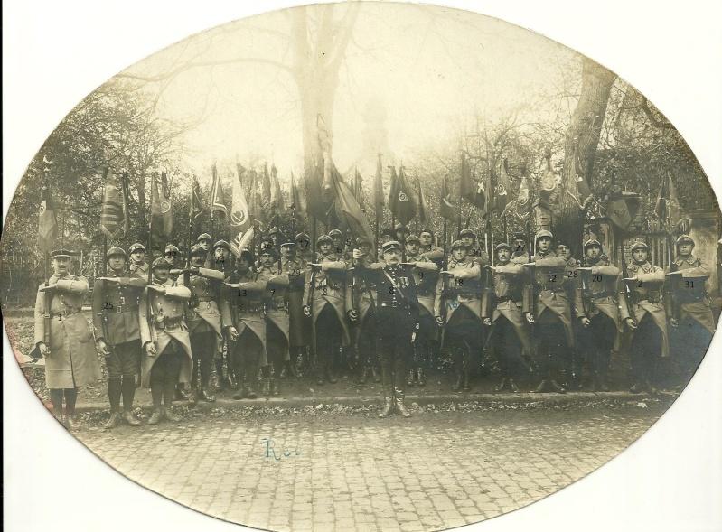 Les fanions de 1914 à nos jours - Page 2 Numyri17