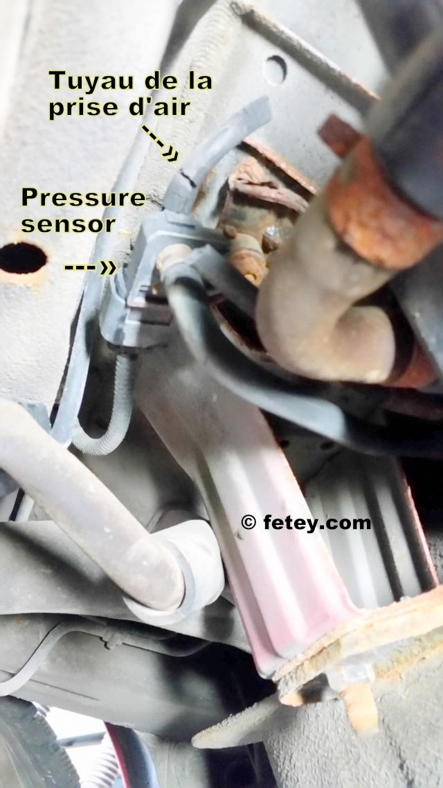 Hyundai Accent 2009 1.6L, tuyau d'évap au pressure sensor 20151016