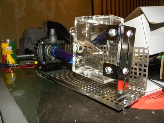 Voila le premier skeleton Water Cooling du forum - Page 4 Dscn3412