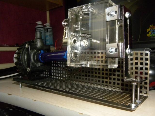 Voila le premier skeleton Water Cooling du forum - Page 4 Dscn3413