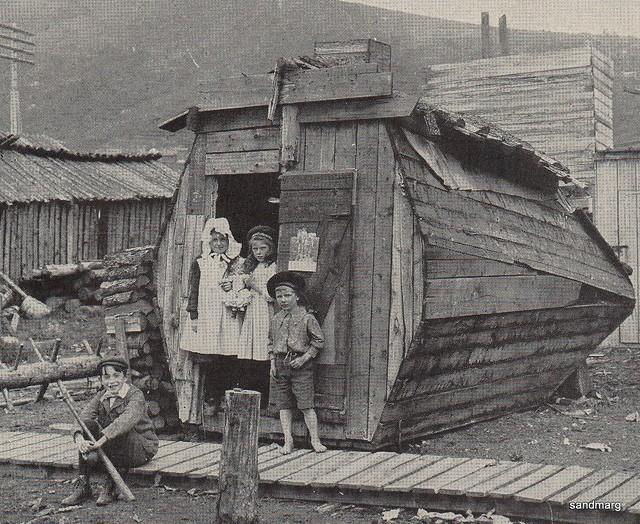 Dawson City, ville témoin de la ruée vers l'or du Klondike. 53135310